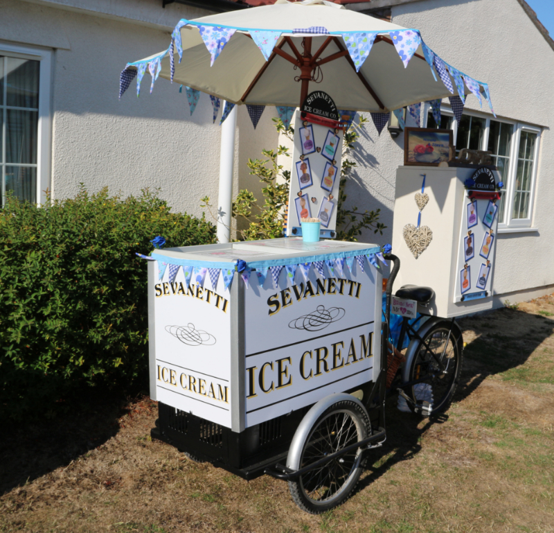 alt=ice cream cart